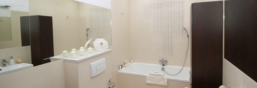 w łazience potrzebna jest także półka